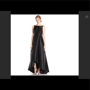 Gorgeous solid black hi-lo gown NWT elegant dress